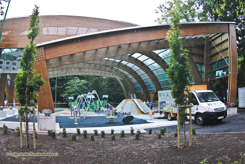 ParqueManuelBarquinCubierta01