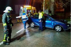 Muere un hombre tras colisionar el coche que conducía contra un muro en La Abadilla de Cayón