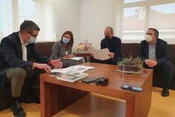 La Consejería de Presidencia colaborará para que Torrelavega tenga un Plan Municipal de Emergencias