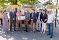 Gobierno y Ecovidrio premian a los vecinos de Suances por ser los cántabros que más han mejorado su reciclaje de vidrio en 2019