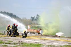Simulacros de emergencia por escape químico en ocho industrias de Cantabria