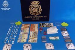 Erradicado un punto de venta de cocaína en Torrelavega y detenidos dos hombres